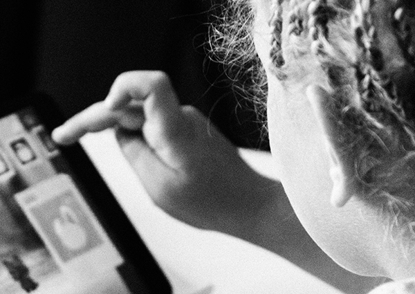 Prioridade Absoluta sai em defesa da proteção de dados de crianças e adolescentes